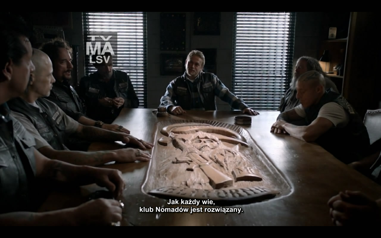 Sons.of.Anarchy.S05E01.720p.HDTV.x264-EVOLVE.mkv_snapshot_31.38_[2012.09.17_00.34.38]